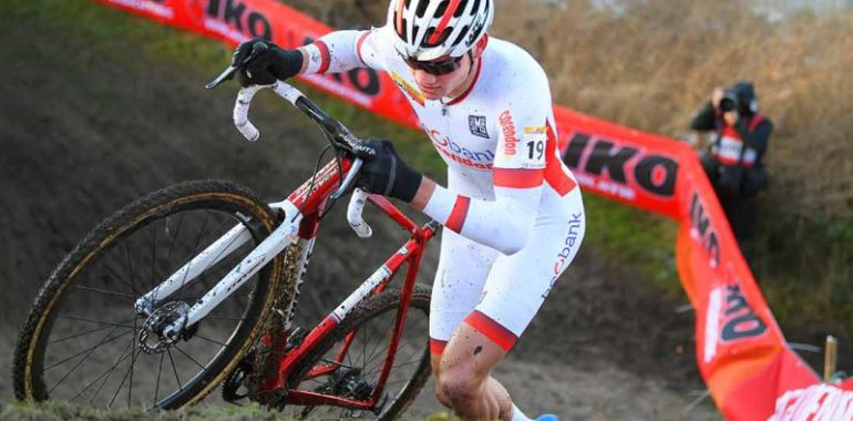 Van der Poel and Cant win Bogense CX World Cup